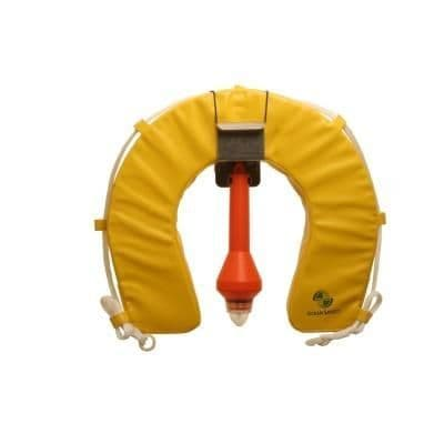 Traditional Yellow Horseshoe with Light